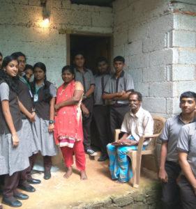 Sep 2017 - Onakody Distribution by BMM students on behalf of Navakarma